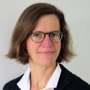 Dr. Julia Inthorn
